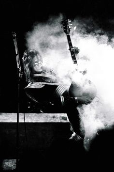 KISS, NYC, 1977 Ace Frehley | Rock & Roll Photo Gallery