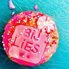 Bij Lies in de keuken Outdoor Decor, Desserts, Food, Home Decor, Tailgate Desserts, Deserts, Decoration Home, Room Decor, Essen