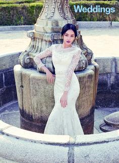 Oh Yeon Seo - InStyle Weddings Magazine May Issue South Korean Girls, Korean Girl Groups, Minimal Wedding Dress, Oh Yeon Seo, Korean Photo, Lee Bo Young, Bridal Mask, Yoo Ah In, Korean Wave