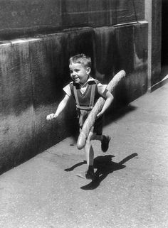 "~~""Le petit Parisien"", by Willy Ronis, 1952~~"