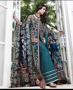 Beautiful Pakistani Dresses, Ayeza Khan, Pakistani Bridal Wear, Pakistani Actress, Kimono Top, Fashion Dresses, Sari, Photoshoot, Actresses
