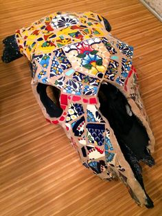 One of a kind Mexican Tile Mosaic, hand crafted cow skull by the amazing & talented Dancy Reynolds! Snag this before its gone or order your own custom skull today! Mosaic Crafts, Mosaic Projects, Mosaic Art, Mosaic Glass, Mosaic Tiles, Stained Glass, Diy Projects, Cow Skull Decor, Cow Skull Art