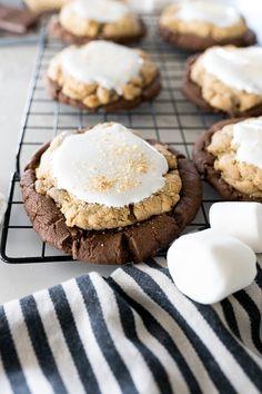 Crumble Cookie Recipe, Cookie Flavors, Cookie Desserts, Just Desserts, Delicious Desserts, Dessert Recipes, Yummy Food, Healthy Food, Brownie Cookies