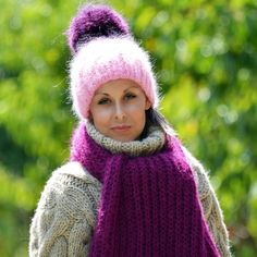 Winter Sweaters, Winter Hats, Gros Pull Mohair, Mohair Yarn, Pom Pom Hat, Pullover, Hand Knitting, Turtleneck, Winter Outfits
