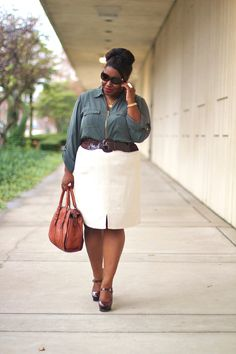 Shapely Chic Sheri - Curvy Fashion and Style Blog: Greener Pastures: Utility Blouse, Pencil Skirt + Platform Pumps
