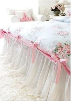 Shabby Chic | Shabby Chic... I'd actually like to have a skirt like that around the food table at a Tea Party!