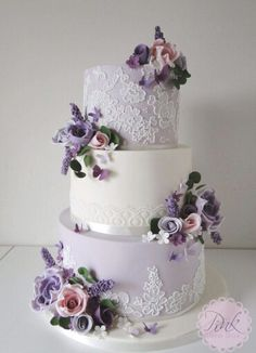 Lilac lace and sugar flowers wedding cake