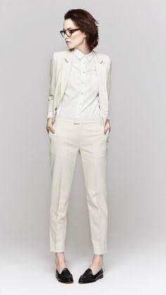 ecru suit | Fashion and lifestyle blogging.