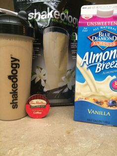 Iced Coffee But Better 21 Day Fix Beach Body Shakeology Recipe Weight Watcher Friendly Looking to eat delicious clean food like this and lose weight Contact me JackieVetr. Shakeology Shakes, Vanilla Shakeology, Chocolate Shakeology, Chocolate Protein, Chocolate Chocolate, Chocolate Mouse, Homemade Chocolate, Chocolate Recipes, 21 Day Fix Diet
