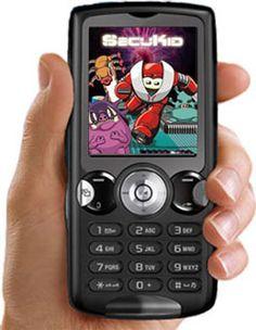 Fotografía de una teléfono móvil con el juego SecuKid en la pantalla