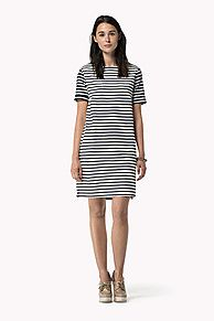 Come and read about the latest Tommy Hilfiger collections and choose your favorite line! Cheap Dresses, Nice Dresses, Dresses For Work, Gabriella Rocha, Short Sleeve Dresses, Dresses With Sleeves, Short Sleeves, Boat Neck Dress, Bodycon Fashion