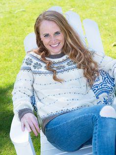 Sommerlykke genser kan du enten strikke i baby alpakka eller økologisk ull. Beige, Knitting, Style, Fashion, Threading, Swag, Moda, Tricot, Fashion Styles