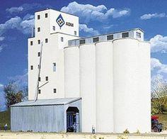 Walthers Cornerstone N Scale Building/Structure Kit Concrete ADM Grain Elevator Garden Railroad, Standard Gauge, Great Hobbies, N Scale, Model Train Layouts, Model Trains, Scale Models, Grains, Elevator