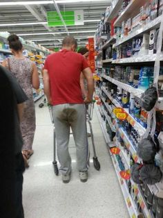 30 Ridiculous People of Walmart That are Extremely Weird to Handle  Page 4 of 5