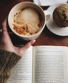 coffee and books Ingesting a caffeine could be the best period of time during the day. But First Coffee, I Love Coffee, Coffee Break, Morning Coffee, Black Coffee, Easy Coffee, Coffee Girl, Hot Coffee, Sunday Morning