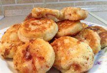 Υπέροχες μπόμπες πατάτας! Greek Pastries, Muffin, Food And Drink, Potatoes, Vegetables, Breakfast, Morning Coffee, Potato, Muffins