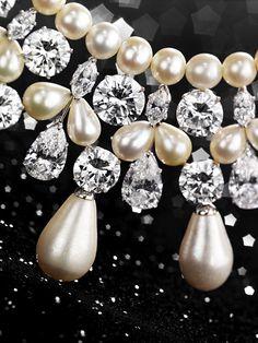 Gulf Necklace Detail -Christie's, Geneva 2006