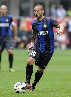 Wesley Sneijder of Inter Milan