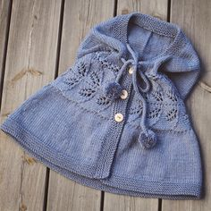KlompeLompe Crochet Coat, Knitted Poncho, Knitted Dolls, Crochet Baby, Baby Sweater Patterns, Poncho Knitting Patterns, Knit Patterns, Baby Boy Cardigan, Knitting For Kids
