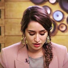 Beautiful Girl Photo, Beautiful Girl Indian, Beautiful Indian Actress, Shraddha Kapoor Hot Images, Shraddha Kapoor Cute, Indian Actress Images, Indian Actresses, Bollywood Celebrities, Bollywood Actress