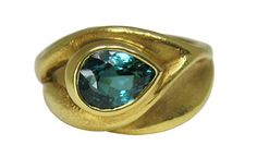 Green/blue tourmaline ring by artist Hanna Cook-Wallace. Blue Tourmaline, Blue Green, Yellow, Natural Curves, Jewelry Rings, Rings For Men, Designers, Bling, Cook