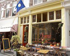 Juni, Den Haag Great spot for tea, breakfast & lunch