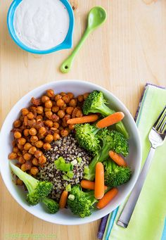 Chickpea and Broccoli Bowl with Tahini Sauce: Vegan, low-fat, gluten-free