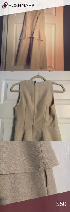 Banana Republic dress size 0 Linen zip up dress. Perfect for work. Cinched waist and flare ruffle bottom with raw hem. Mid length. Fully lined inside. Make an offer Banana Republic Dresses Mini