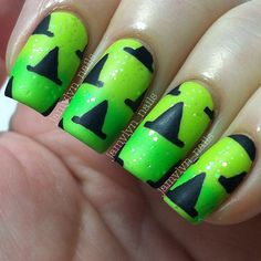 Witch hats #halloweennails
