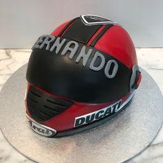 tarta casco moto Riding Helmets, Themed Cakes