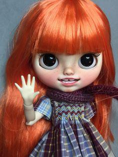 No te pierdas este artículo de mi tienda de: Blythe tbl/faie custom by BeatriceMBlythe. Clementine. Ooak Dolls, Blythe Dolls, Art Dolls, Barbie, Realistic Dolls, Designer Toys, Custom Dolls, Big Eyes, Sculpture Art