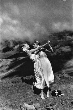 Всемирно известный фотограф Хельмут Ньютон и его провокационные снимки