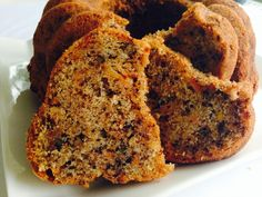 This easy pumpkin bread is a fall favorite Pumpkin Cinnamon Swirl Bread Recipe. This easy pumpkin bread is a fall favorite! Make a loaf today! Source by pinksequences Just Desserts, Delicious Desserts, Dessert Recipes, Yummy Food, Pumpkin Chocolate Chip Bread, Pumpkin Bread, Pumpkin Puree, Pumpkin Recipes, Fall Recipes