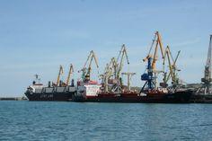 USA extended sanctions against Russia including Crimean ports via Maritime Global News http://www.newsmaritime.com/2015/usa-extended-sanctions-against-russia-including-crimean-ports/?utm_content=buffer4fb99&utm_medium=social&utm_source=pinterest.com&utm_campaign=buffer #maritime