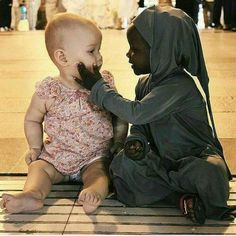 "faronmckenzie: ""deeplifequotes: ""Humanity should be our race. Love should be our religion. "" ""No one is born hating another person because of the color of his skin, or his background, or his religion. People must learn to hate, and if they can learn. Precious Children, Beautiful Children, Beautiful Babies, Beautiful People, Beautiful Beautiful, Beautiful Images, Faith In Humanity Restored, Jolie Photo, People Of The World"