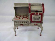 Dollhouse Miniature Arcade Cast Iron Hotpoint Electric Stove #Arcade
