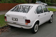 1974 Alfa Romeo Alfasud 4-door sedan | von wikipediaosx