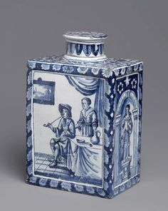 Tea Caddy, circa 1698, ©Bridgeman-art-library