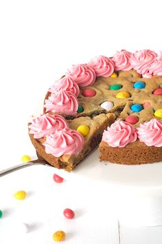 ... easter egg cookie cake with pink buttercream ...