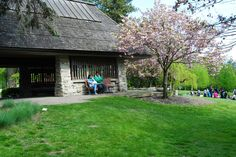 May 2020 - Toronto Botanical Garden offers an array of 17 award-winning themed gardens spanning nearly four acres, designed to educate and inspire. Ontario Attractions, Botanical Gardens, Acre, Trip Advisor, Toronto, Plants, Mornings, Plant, Planting