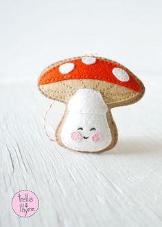 PDF Pattern - Little Amanita, Mushroom Pattern, Winter Felt Ornament Pattern