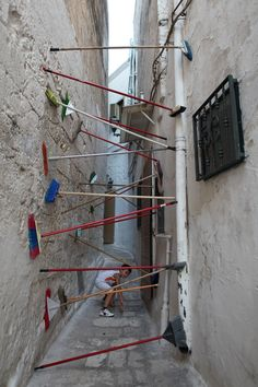 Spontaneous sculptures by Brad Downey. He is a visual artist adorning public streets with his sculptural installations. I like the spontaneous and funny side of his art.