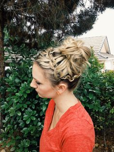 How to: Waterfall Braid and Twisted Messy Bun