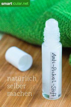 Statt auf herkömmliche Anti-Pickel-Kosmetik zurückzugreifen, kannst du aus nur drei Zutaten ein natürliches Anti-Pickel-Gel selbst herstellen - für reine Haut ohne Nebenwirkungen.