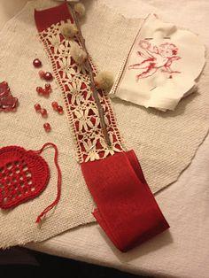 needlework over fabric/felt...tatting or cotton crochet