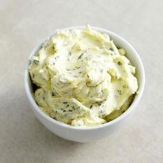 Essen & Trinken Flavored Butter, Butter Recipe, Herb Butter, Lemon Butter, Chutneys, Pesto Dip, Summer Snacks, Eat Smart, Superfood