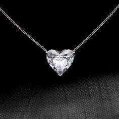 Dear future boyfriend.... Heart cut diamond necklace! YOU'RE PERFECT. I NEED YOU.