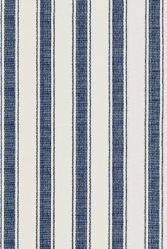 Dash and Albert Blue Awning Stripe Cotton Rug Quirky Home Decor, French Home Decor, Cheap Home Decor, Luxury Homes Interior, Luxury Decor, Dash And Albert, Home Remodeling Diy, Beautiful Houses Interior, Braided Rugs