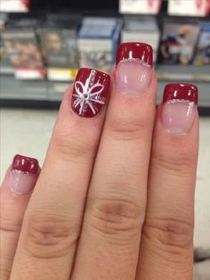 christmas nail art ideas trends If in case you're a woman reading this collection and you know how to do your own nails then I suggest you try the easiest and simplest Christmas nail designs. Impress everyone with your yuletide season nail art. Xmas Nails, Holiday Nails, Christmas Nails, Christmas Ideas, Christmas Presents, Christmas Lights, Christmas Decorations, Winter Christmas, Valentine Nails