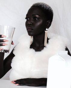 black women's makeup in the womens Makeup Natural Beautiful Black Girl, Beautiful Women, Beautiful People, Black Women Fashion, Black Models, Brown Skin, Dark Skin Men, Black Women Hairstyles, Natural Hairstyles